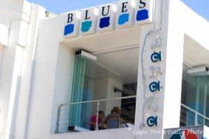 Blues Restaurant & Bar.gif